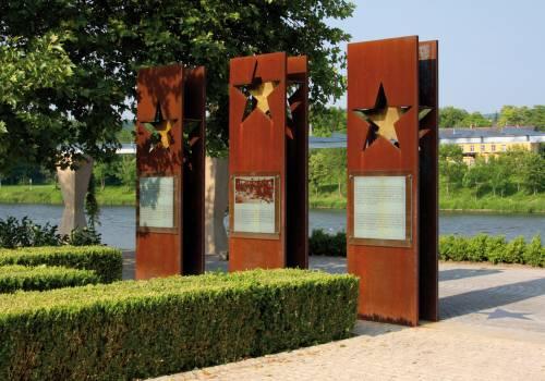 monument schengen agreement