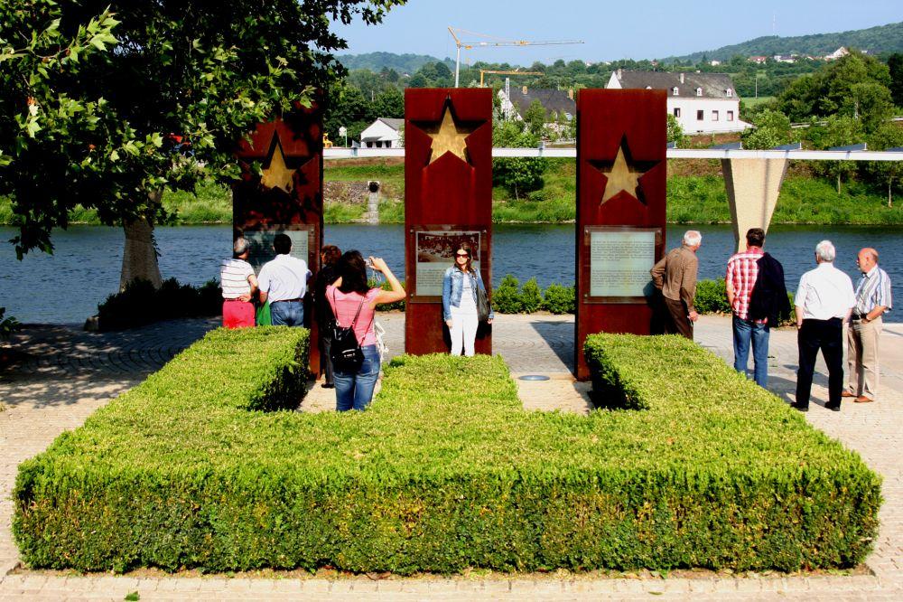 monument schengener abkommen 04