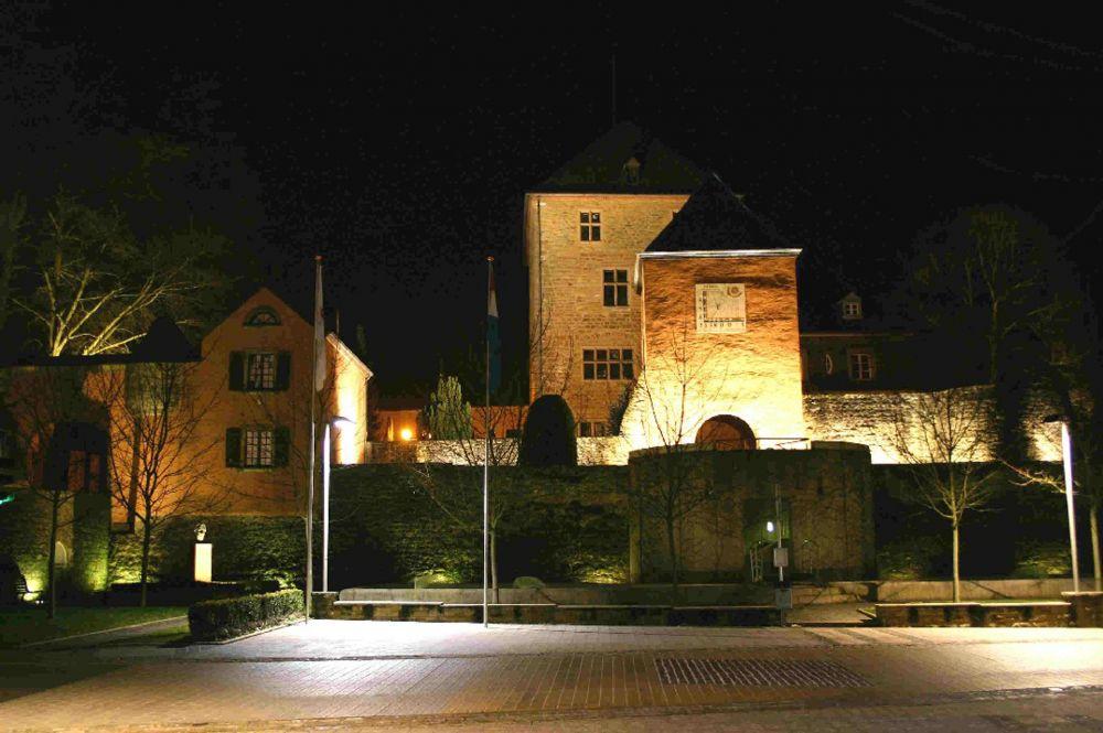 Chateau de Mersch la nuit