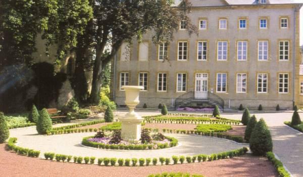 Schengen castle Park
