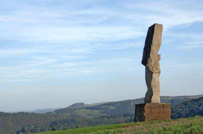 rundwanderroute skulpturen lultzhausen foto 1