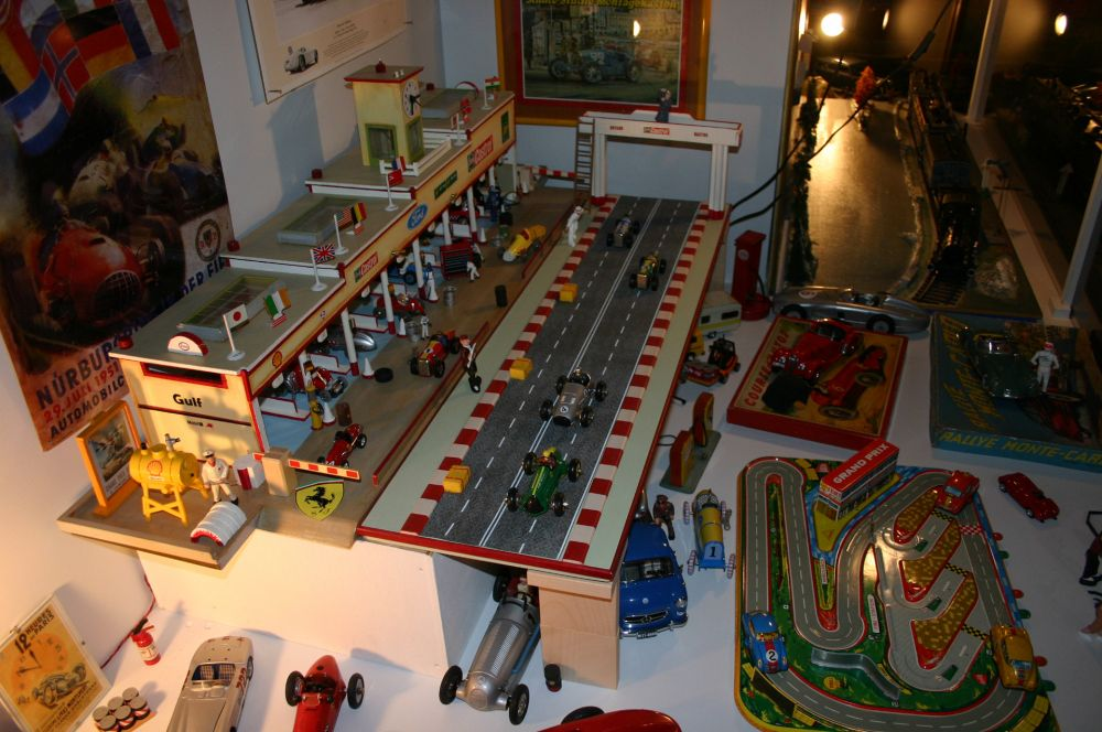 museum of toys clervaux inside 5