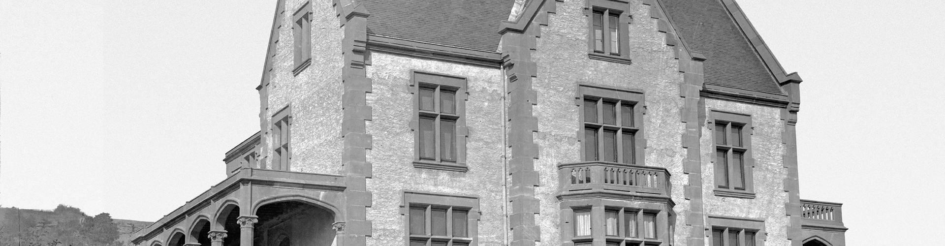 henri tudor museum rosport outside