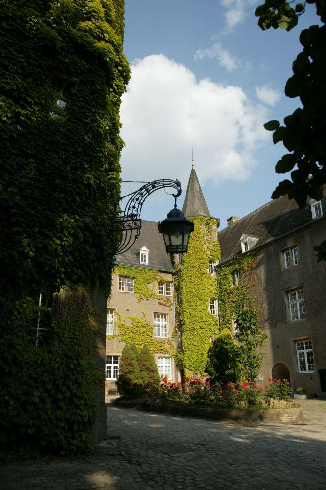 Renaissance Schloss Differdange