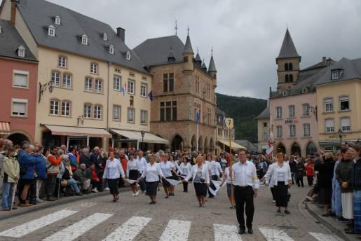 dancing procession of echternach 05