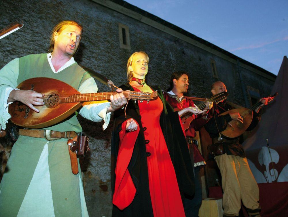 fete medievale butschebuerger buergfest dudelange 07