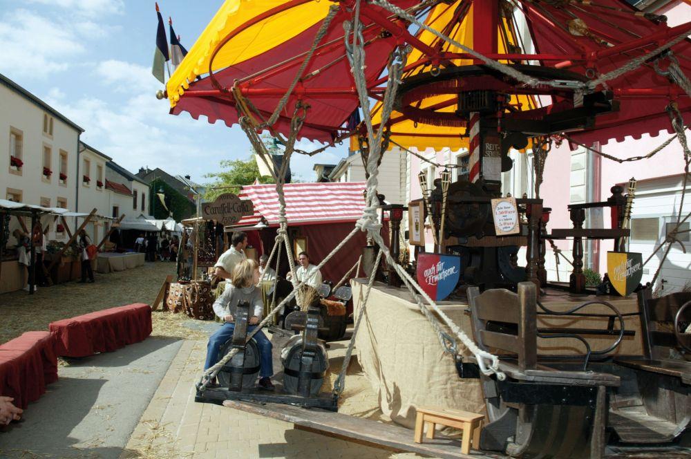 mittelalterliches burgfest butschebuerger buergfest dudelange 05