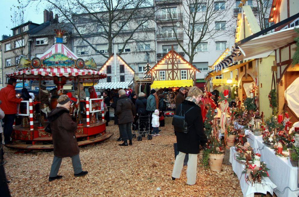 mittelalterlicher weihnachtsmarkt dudelange 04