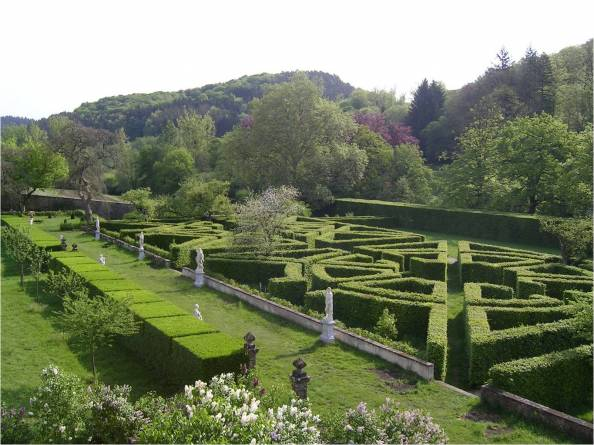 french gardens of ansembourg castle 05