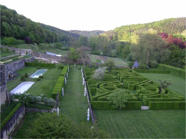 french gardens of ansembourg castle 06