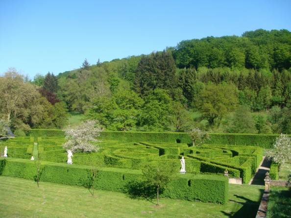french gardens of ansembourg castle 08