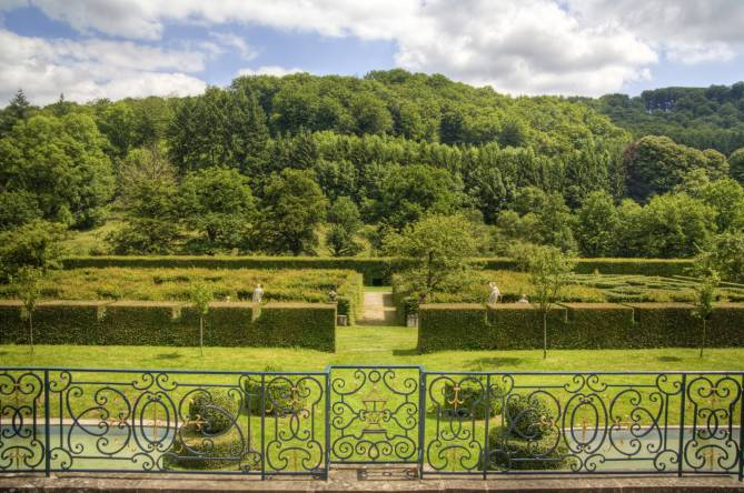french gardens of ansembourg castle 11
