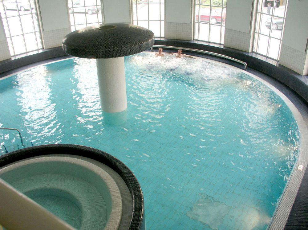 centre de relaxation aquatique badanstalt luxembourg city 04