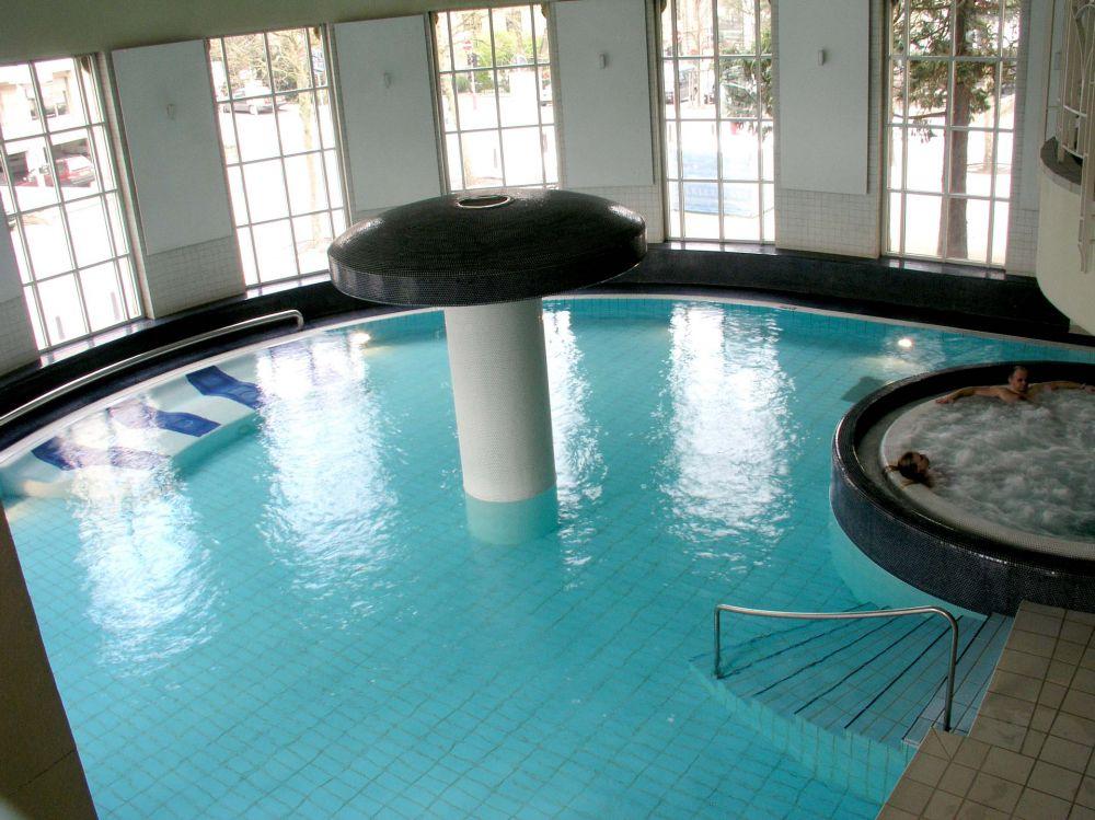 centre de relaxation aquatique badanstalt luxembourg city 06