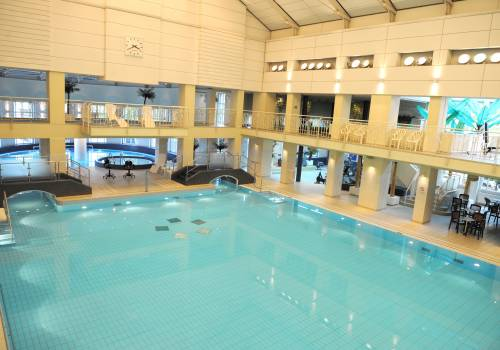 Swimming pools and spa retreats visit luxembourg for Piscine strassen