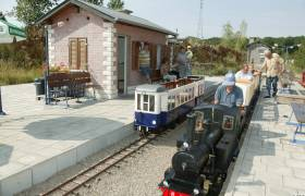 328 lankelz train miniature