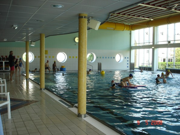 Swimming pool schifflange visit luxembourg for What does piscine mean in french