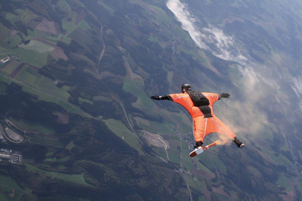 parachuting noertrange air field 03