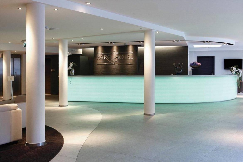 Alvisse Parc Hotel (reception)