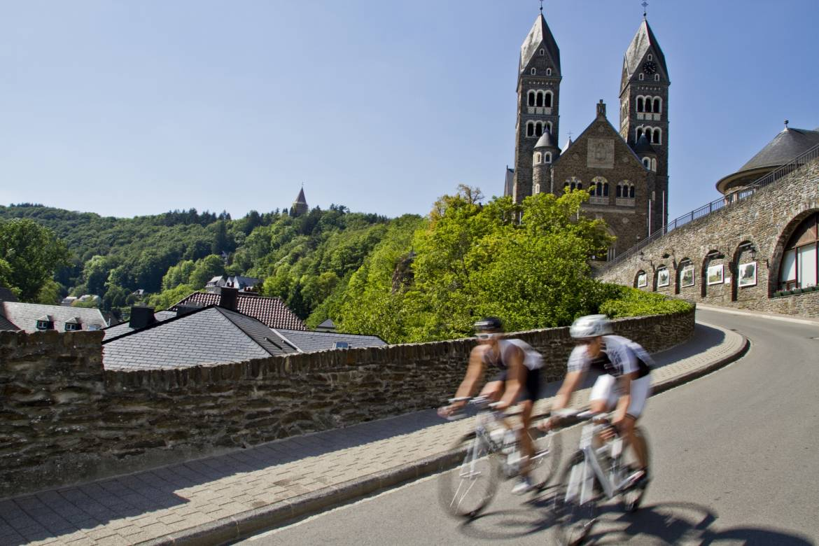 bicycle rental tourist center clervaux