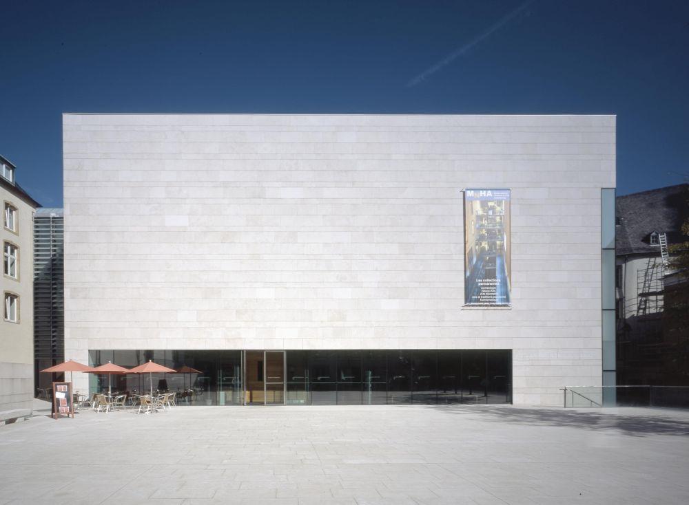 architecture au centre de la ville de luxembourg 03