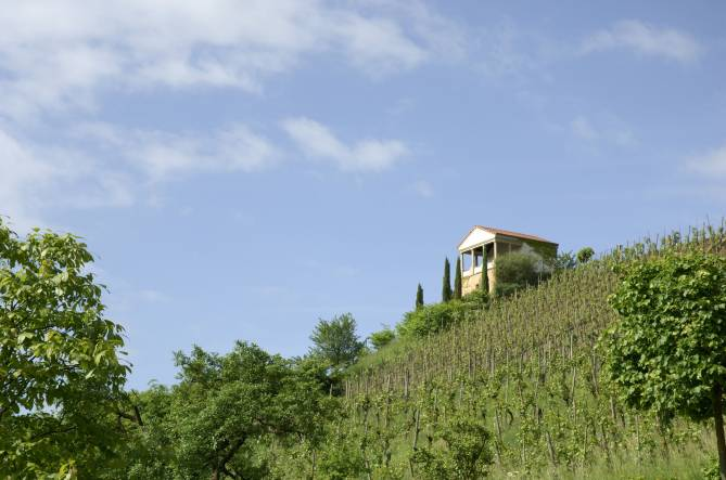 Rondwandelroute bech kleinmacher visit luxembourg - Mac dan orange les vignes ...