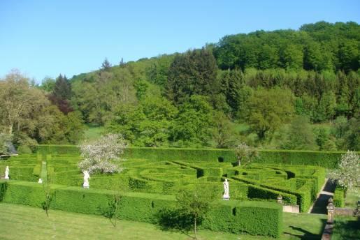 Ansembourg Castle park 1