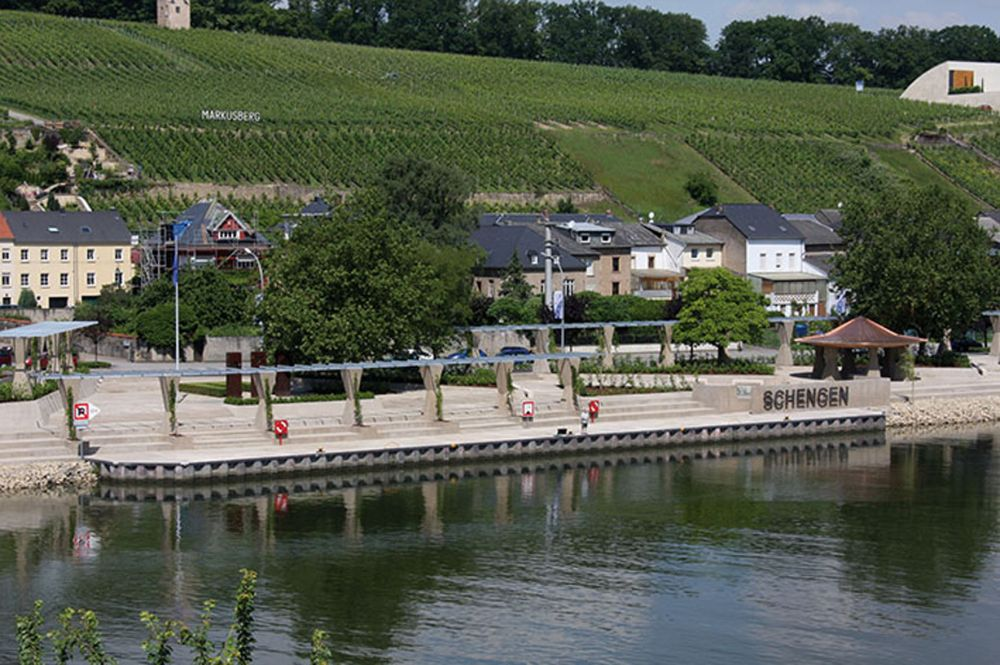 the moselle 16